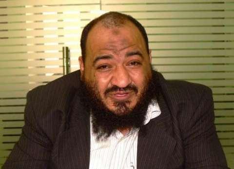 عبدالمنعم الشحات يدلي بصوته في إعادة انتخابات الرمل بالإسكندرية