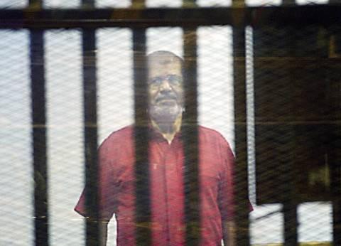 السجون توقع الكشف الطبي على المعزول.. والمحكمة تتسلم تقرير نجل الشاطر