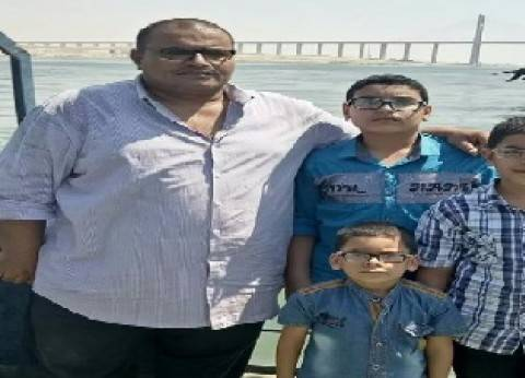 """""""أحمد"""".. طلقة الغدر تخطف ابن الـ7 سنوات من حضن أبيه على سجادة """"الروضة"""""""
