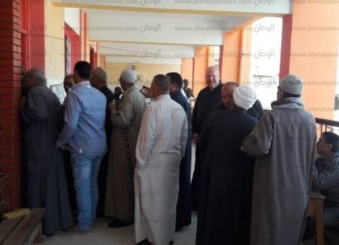 بالصور| إقبال كثيف من السيدات وكبار السن في كفر الشيخ