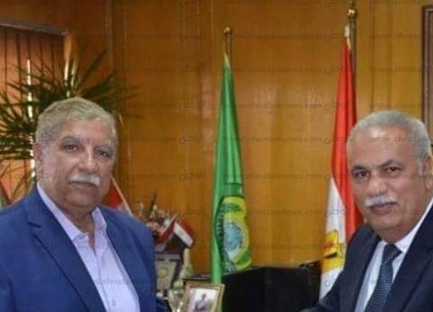 محافظ الإسماعيلية يلتقي مدير القوى العاملة الجديد لبحث التعاون المشترك