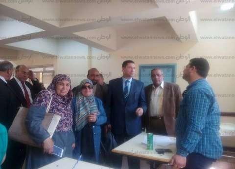الكشف وصرف العلاج لتلاميذ مدرسة عثمان بن عفان في بني سويف