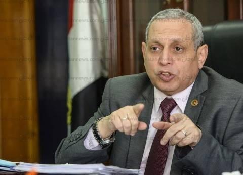 """عبدالعزيز: زيادة الجمارك """"شماعة"""" المستوردين لرفع أسعار السيارات"""