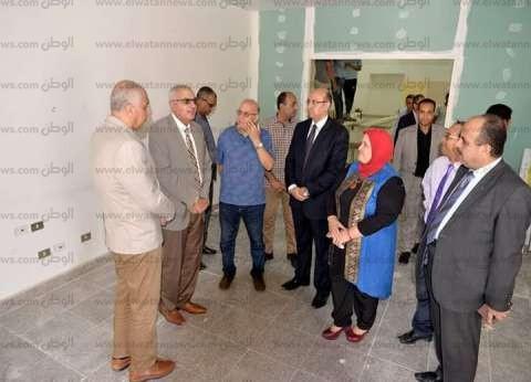 صور.. رئيس جامعة المنصورة يتفقد إنشاء مركز خدمة ذوي القدرات الخاصة