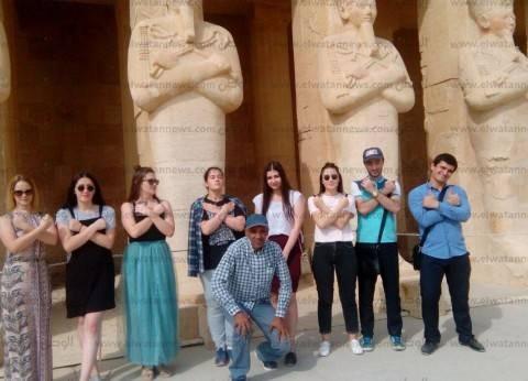 جامعة أسيوط تنظم رحلة لوفد من الطلاب الروس لزيارة الأقصر وأسوان