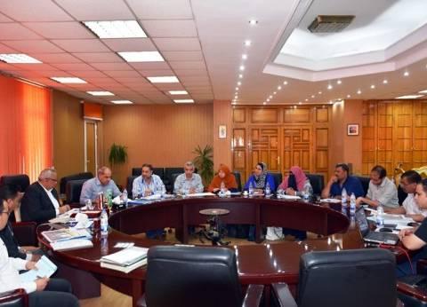 محافظ الشرقية يستعرض الموقف التنفيذي لمشروع إزالة وتطوير العشوائيات