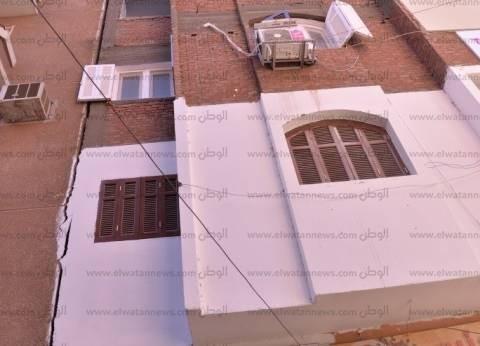 مصدر: برج الزهور المائل في أسيوط به دور مخالف وصدر له وقف أعمال