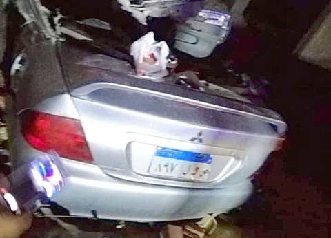 إصابة 9 أشخاص في تصادم سيارتين بالبحيرة