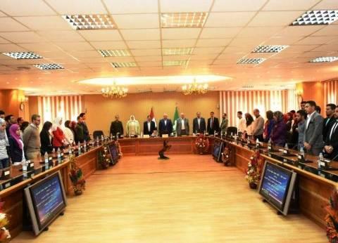 محافظ الشرقية يقرر تشكيل لجان بالمراكز لحل شكاوى المواطنين