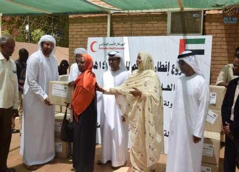 مساعدات إنسانية لمتضرري السيول من الهلال الأحمر الأماراتي والسوداني