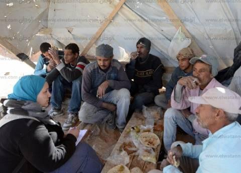 «مسعد» وأصدقاؤه من طنطا: بناكل 3 وجبات فول وطعمية عشان نصمد وأغلب الأيام مابنامش