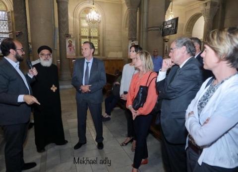 رئيس إقليم جنوب فرنسا يزور الكاتدرائية المرقسية بالإسكندرية