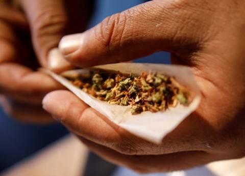 ضبط عامل وعاطل بحوزتهما أقراص مخدرة في المنيا