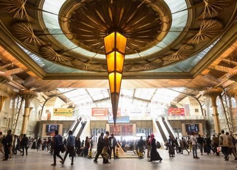 عاجل| السيطرة على حريق في جرار أحد القطارات بمحطة مصر