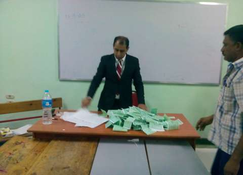 بالصور| انتهاء التصويت بالبحر الأحمر وبدء فرز الأصوات