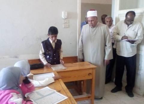 مدير المنطقة الأزهرية بالوادي الجديد يتابع سير العملية التعليمية