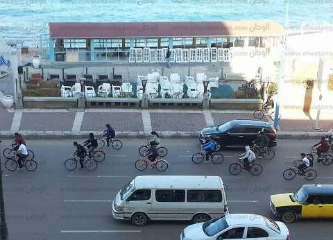 عزف الموسيقى العسكرية على كورنيش الإسكندرية.. واحتفالات بـ6 أكتوبر في ميدان سيدي جابر