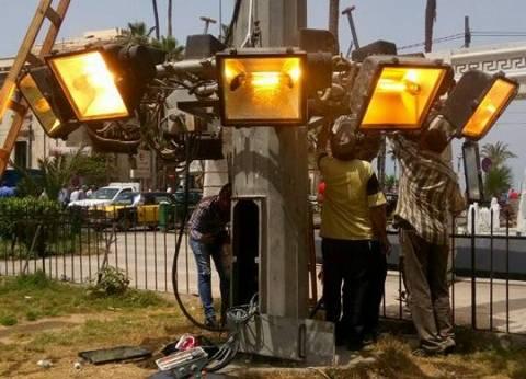 إدارة كهرباء حي الجمرك بالإسكندرية تجري صيانة لشبكة الإضاءة