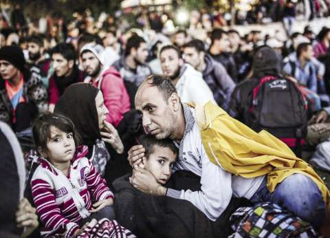 سلوفينيا تطلب مساعدة الجيش لمواجهة تدفق اللاجئين
