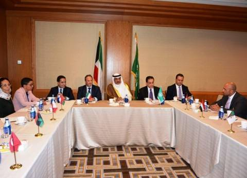 الشيخ صباح الخالد يلتقي رؤساء البعثات الدبلوماسية العربية في واشنطن