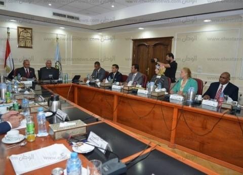 رئيس جامعة مطروح: تنظيم قافلة طبية لخدمة أهالي واحة سيوة