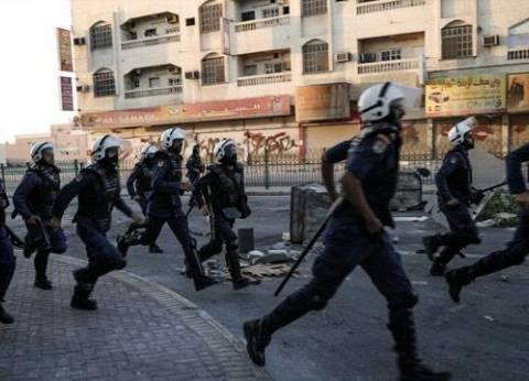 الشرطة البحرينية تداهم اعتصاما.. وإصابة متظاهر بطلق ناري