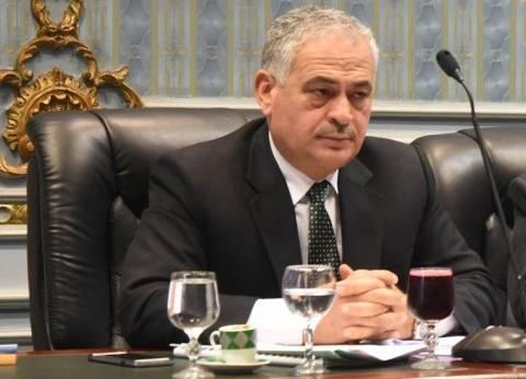 """طعيمة: الوزير ومسئولي السكة الحديد يشاركون فى اجتماع لجنة """"النقل"""" غدا"""