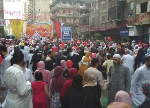 """""""بلالين ومسابقات ولعب أطفال"""".. احتفالات عيد الفطر بسيدي بشر"""