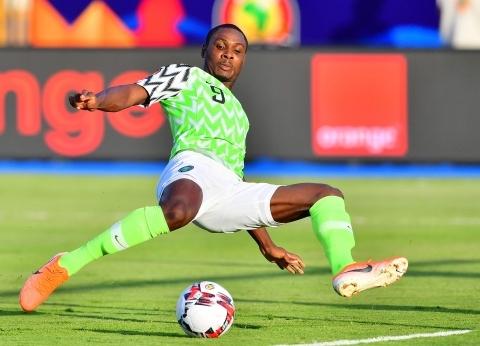 عاجل.. نيجيريا تخطف الكاميرون بهدفين في أقل من 5 دقائق