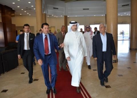 وزير الرياضة يتفقد مع نظيره البحريني مدينة الشباب بشرم الشيخ