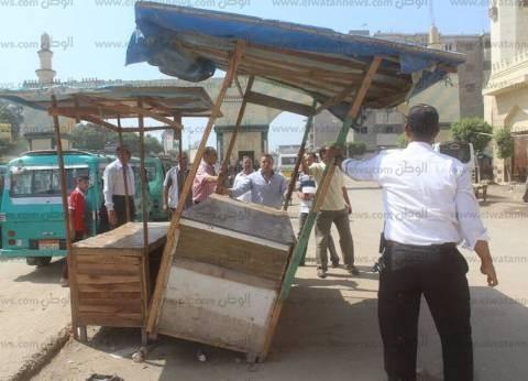 حملات لإزالة المخالفات ورفع الإشغالات بسوق الجمعة في الإسكندرية
