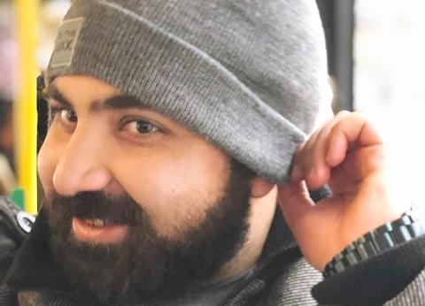 مصري يؤدي صلاة الغائب على ضحايا نيوزيلندا: رعب مش هيحسه غير المغتربين