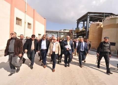"""محافظ بورسعيد: """"إسكان الإمارات"""" القريب من مصنع كيماويات """"آمن"""""""
