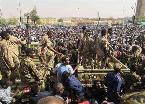 عاجل| المجلس العسكري السوداني يدعو المواطنين للتعاون لوقف حالات الفوضى