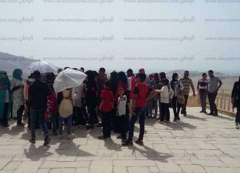 رحلة سياحية للأطفال الأيتام بنقادة داخل المناطق الأثرية في الأقصر