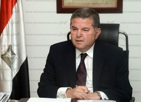 """وزير قطاع الأعمال لـ""""الوطن"""": 20 مليار جنيه لتطوير مصانع الغزل والنسيج"""