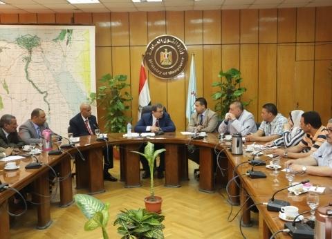 """ممثلون لـ""""عمال مصر"""" يقترحون ضوابط تطبيق """"الأدنى للأجور"""" بالقطاع الخاص"""