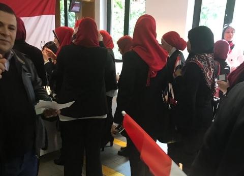 """""""اتحاد المصريين في الخارج"""": مواطن أجرى عملية جراحية وشارك في الاستفتاء"""