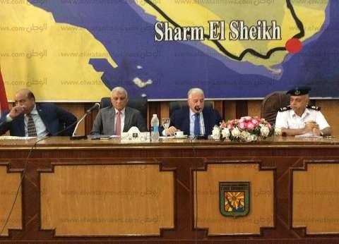 محافظ جنوب سيناء يطالب بحل أزمة الكهرباء بأودية سهب