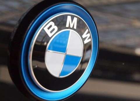 """من تصنيع محركات طائرات الحرب إلى أكبر شركة سيارات.. حدوتة """"BMW"""""""