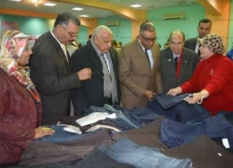 """""""محبي مصر"""" تفتتح معرض الملابس الشتوية لدعم طلاب الجامعة العمالية"""