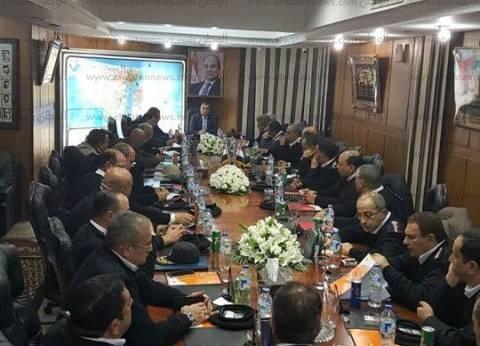 الديب يلتقي القيادات الأمنية لبحث خطة تأمين بورسعيد في ذكرى ثورة 25 يناير