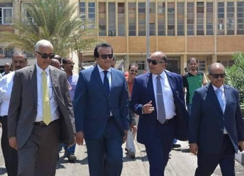 وزير التعليم العالي يزور المجمع النظري بالإسكندرية لتفقد أعمال الصيانة