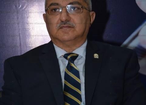 رئيس جامعة أسيوط يستقبل الأنبا يؤانس لتهنئته بالمنصب الجديد