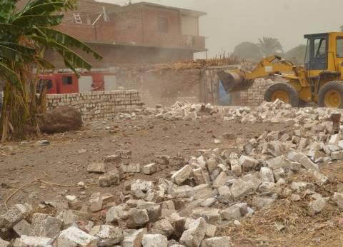 إزالة 78 حالة بناء بدون ترخيص وتعدٍ على نهر النيل في المنيا