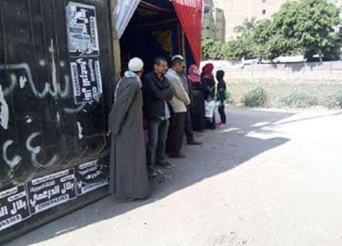 في ثاني أيام الاستفتاء.. إقبال كثيف على اللجان الانتخابية بأرض اللواء