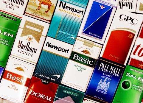 """شركات السجائر الأجنبية: لا زيادة في الأسعار بعد """"إلغاء الدولار الجمركي"""""""