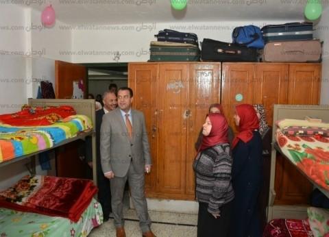 """نائب رئيس جامعة أسيوط يتابع أعمال تطوير مبان """"مدينة الطالبات"""""""