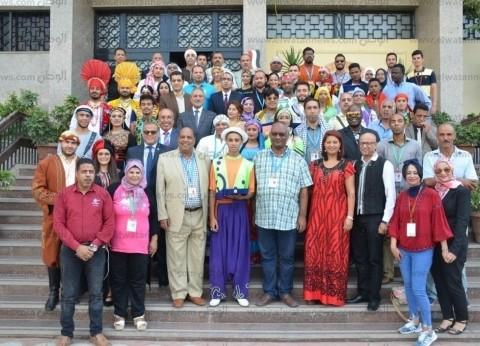 تكريم رؤساء الوفود المشاركة بدورة مهرجان الإسماعيلية الدولي الـ19