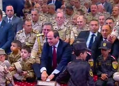 بين القاهرة والإسكندرية.. 3 مساجد صلى فيها السيسي العيد خلال 5 أعوام